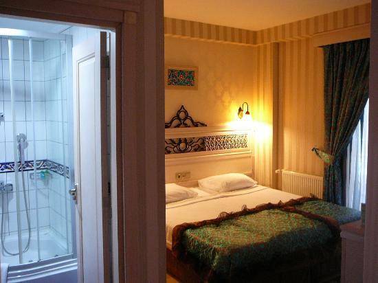 Hotel Novano: Rom 305 svært rent og stille
