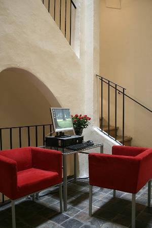Domus Balthasar Design Hotel: Staircase