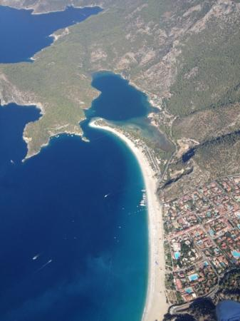 Jade Residence: oludeniz..bird's eye view( paragliding)