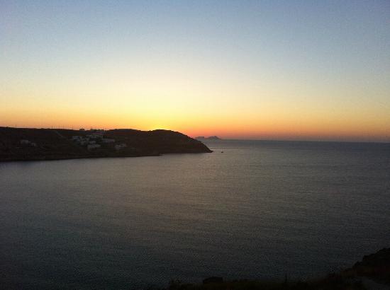 Pietra E Mare: alba dalla camera