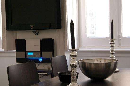 Les Suites Du Bairro Alto : livongroom