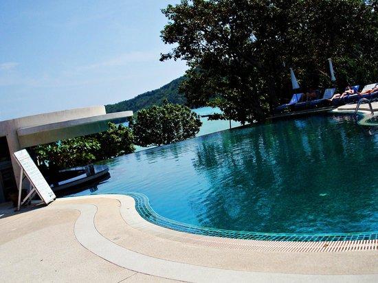 Pp Charlie Beach Resort Pool Area