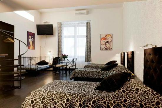 Pergamin Apartments