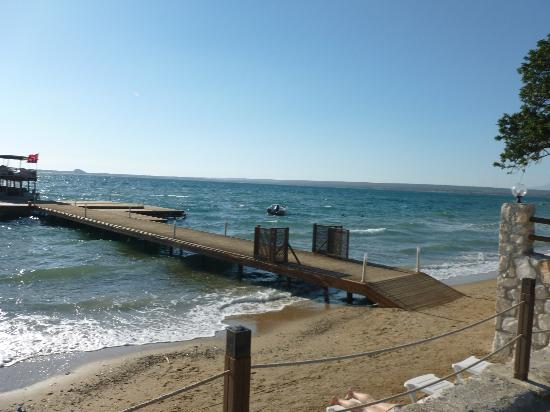Apollonium Spa & Beach: Jetty