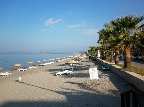 Cenk Bey Hotel: Calis Beach