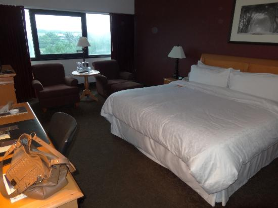 Sheraton Eatontown Hotel: Bedroom