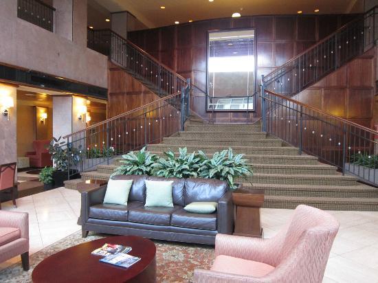 Sheraton Eatontown Hotel Lobby