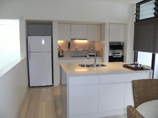 Piana Apartments: Kitchen