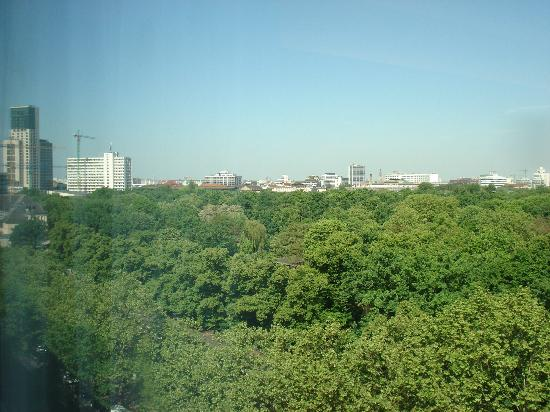 Pullman Berlin Schweizerhof: View from room over Tiergarten (zoo)
