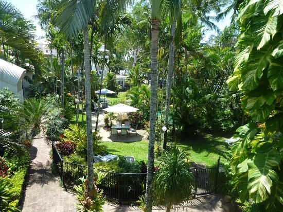 Melaleuca Resort: View from balcony over pool garden