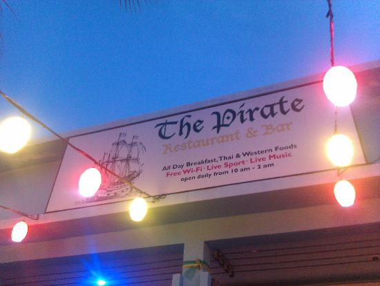 The Pirate Restaurant & Bar: The Pirate night time lanterns