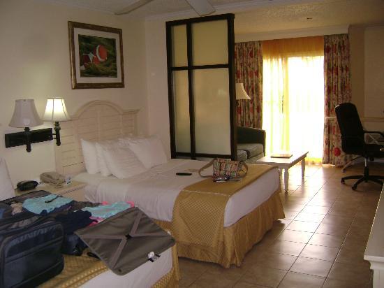 Comfort Suites Paradise Island照片