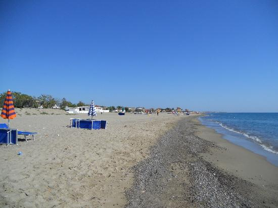 Ciro Marina Italy  city photos gallery : spiaggia Picture of Villaggio Torrenova, Ciro Marina TripAdvisor