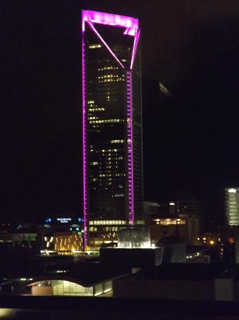 Hilton Garden Inn Charlotte Uptown : View at night