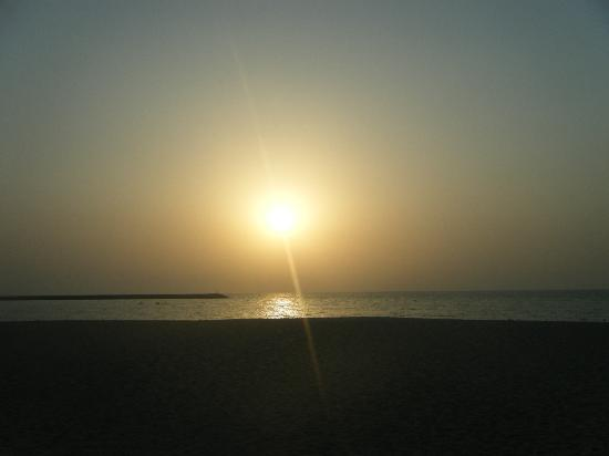 Hilton Ras Al Khaimah Resort & Spa: Sunset view from balcony