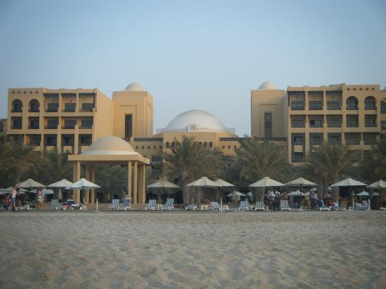 Hilton Ras Al Khaimah Resort & Spa : Hotel from the beach