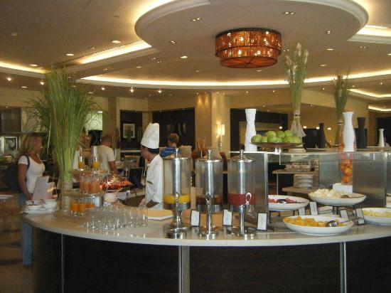 Hilton Ras Al Khaimah Resort & Spa: Maddrid Restaurant