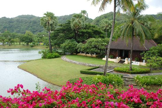 Hilton Phuket Arcadia Resort & Spa: Part of hotel grounds and spa