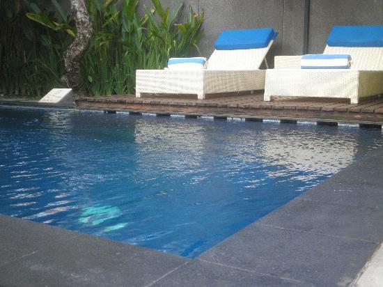 Villa Jerami & Spa: プールがきもちいいね