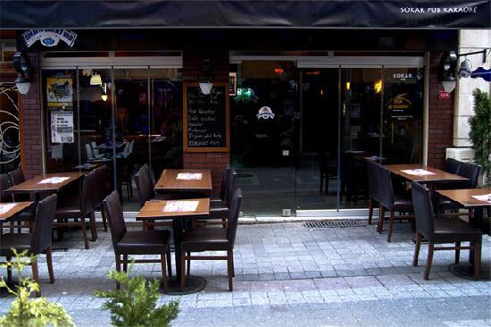 Sokak Pub Kareoke Bar
