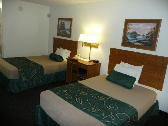 Baymont Inn U0026 Suites Dexter