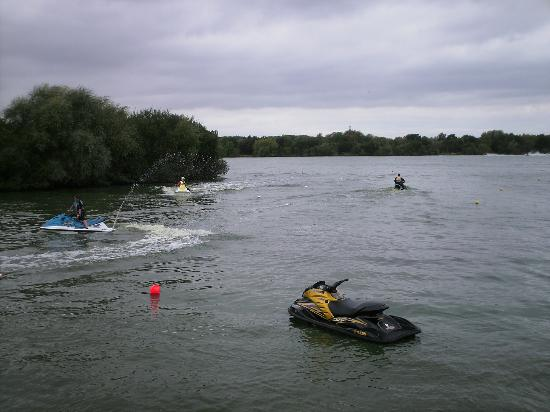 Sutton Coldfield, UK: Jetski lake