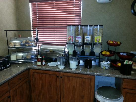 Ramada Frisco : Breakfast Spread