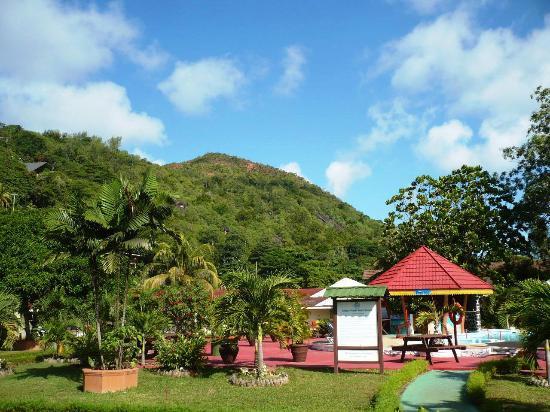 Berjaya Praslin Resort - Seychelles: Вид вокруг