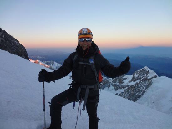 Chamonix Sport Aventure : climbing to the summit