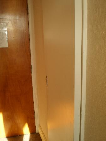 The Hydro Hotel: sliding door to bathroom