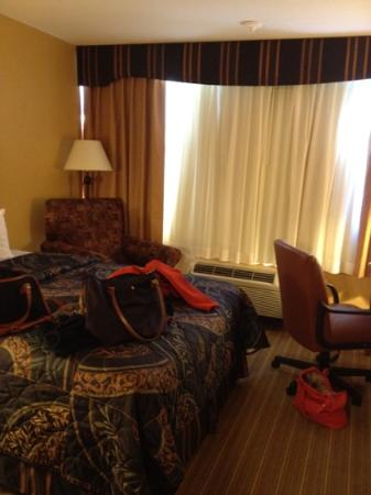 Days Inn Windsor Locks - Bradley International Airport: room with all my stuff around