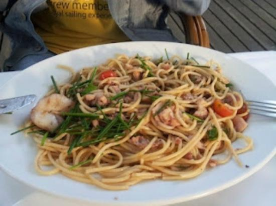 Cafe am Neuen See, Biergarten: Спагетти с морепродуктами