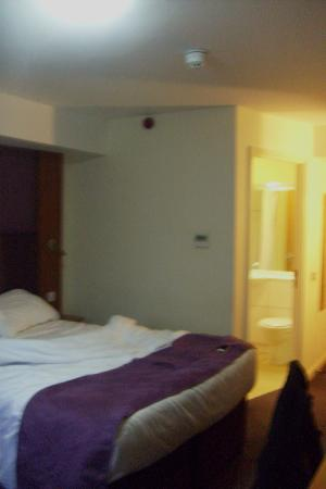 Premier Inn Portsmouth (Horndean) Hotel: Clean rooms .