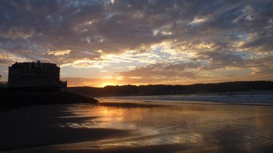 Plage d'Hendaye : coucher de soleil en septembre sur la plage d Hendaye