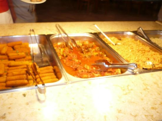 Akrathos Beach Hotel: dining