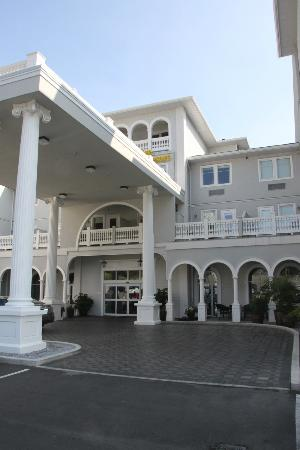 Prestige Oceanfront Resort: Great Looking Best Western