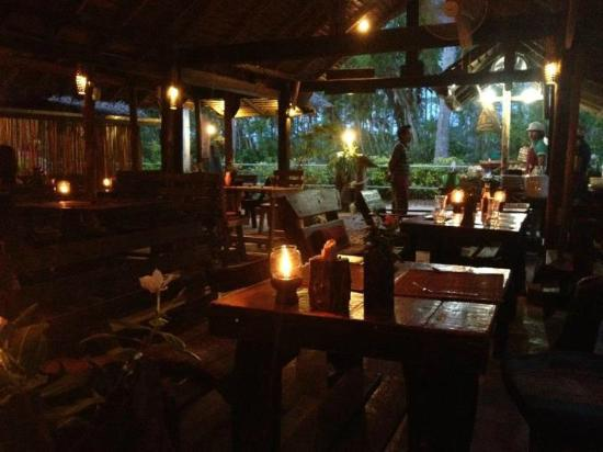 Phi Phi Island Village Beach Resort: Pad Thai Restaurant