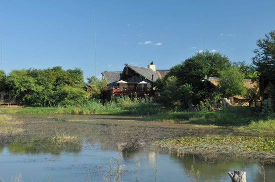 Tau Game Lodge: Main lodge