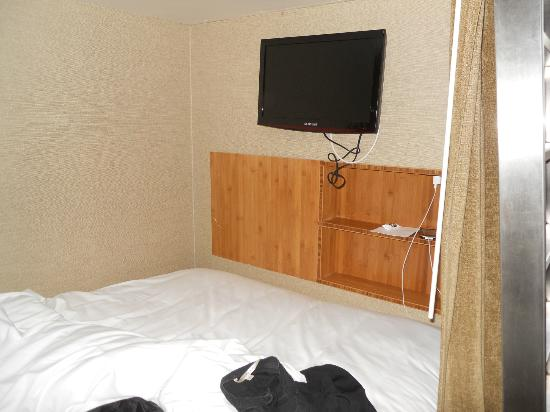 Cachet Boutique: Shared Room (inside bunk)