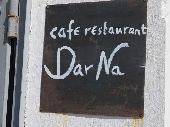 Dar Na Cafe Restaurant: Just makes you want to stop!