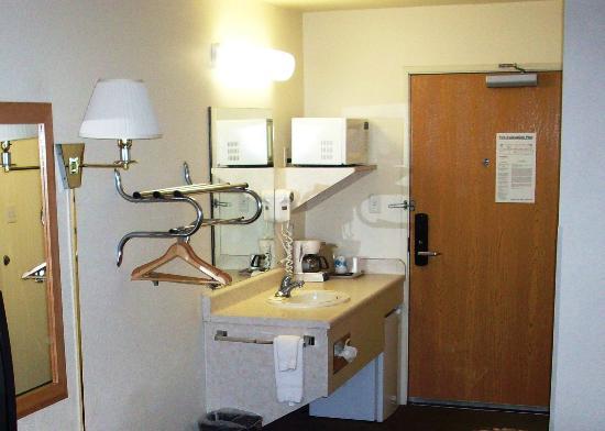 أوك تري إن ألباين: Guest Room Bath