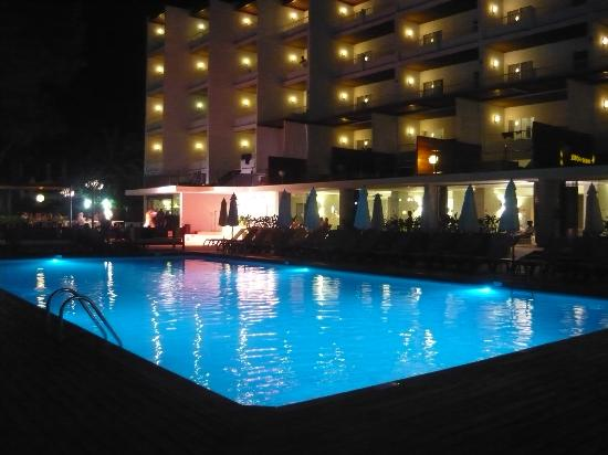 Palladium Hotel Don Carlos: Pool at night - stage in corner of shot.