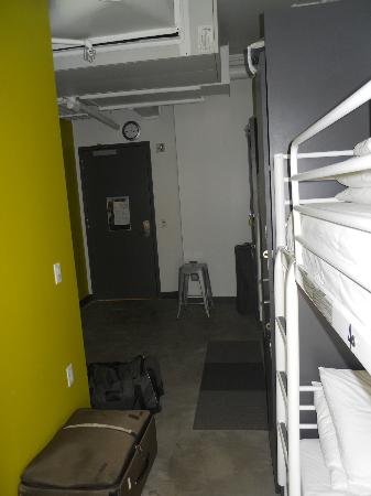 HI Boston: Premium Male Dorm (sleeps 4)