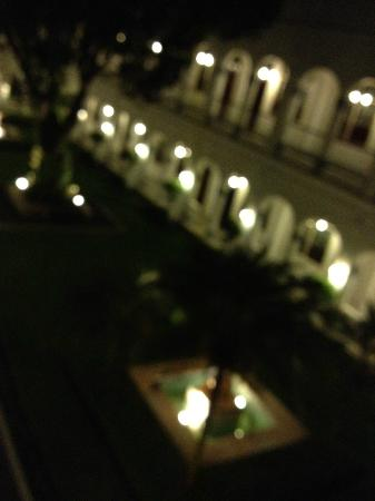 Hotel Majapahit Surabaya managed by AccorHotels: just a great atmosphere