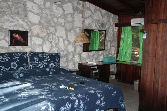 Small Hope Bay Lodge: Inside room #10