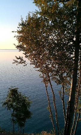 Chateau LeVeaux on Lake Superior: View from 21