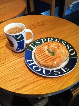 Espresso House : Bagel breakfast at SEK65!!