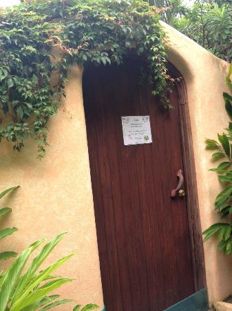 Playa Escondida: Spa door