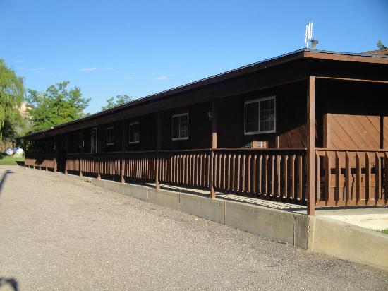 Bryce Pioneer Village: Bloc des chambres miteuses