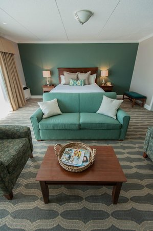 Cohasset Harbor Resort: Tiffany Suite